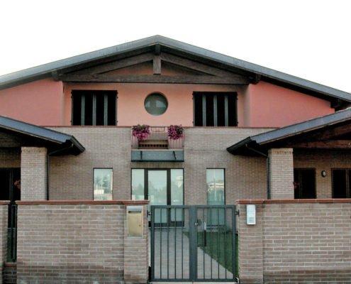 villa trifamiliare 2 prospetto frontale
